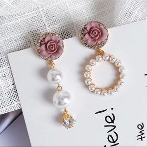 ❤️New Trendy Pearls Rhinestones Cute Earrings